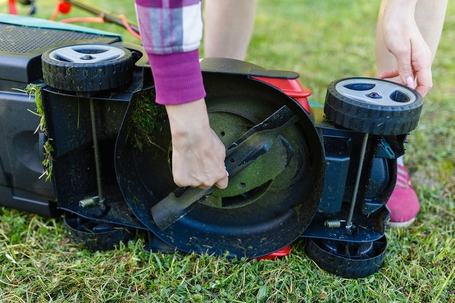 Sharpness of lawnmower blades